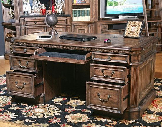 Aria Executive Desk