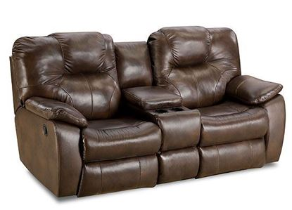 838 Avalon Loveseat